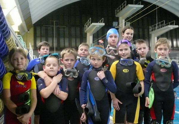 Юные дайверы. Детско-юношеская школа подводного спорта