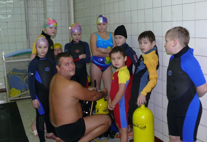 Детская группа клуба Балтика. Инструктаж перед погружениями