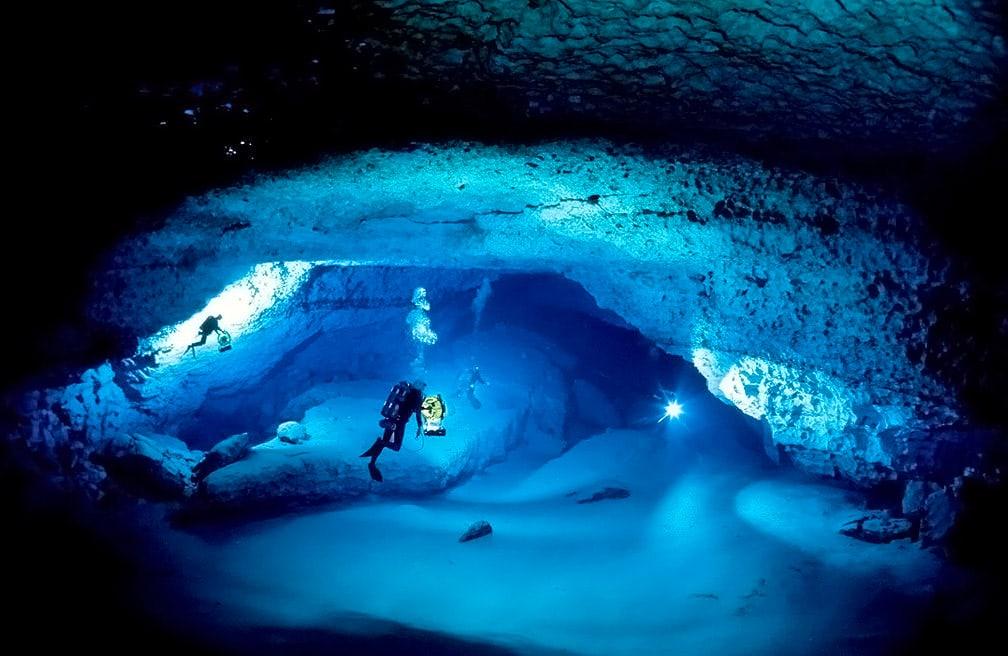 cave-aqualang